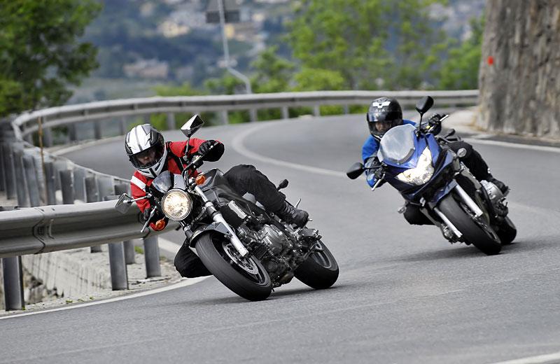 Kurve Motorradfahren